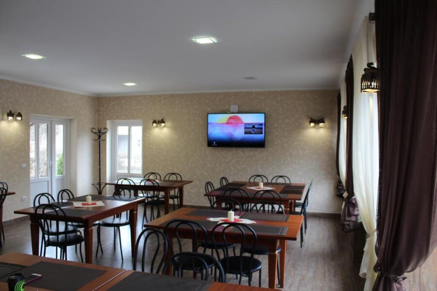 Готель Баймонт відпочинок в Синяк