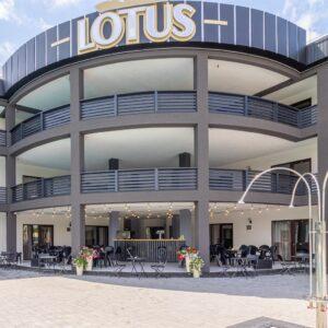 Lotus (Лотус)